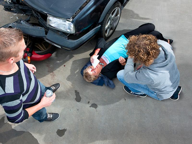 Los Mejores Abogados Especializados en Demandas de Lesiones Personales y Accidentes de Auto en Azusa California