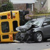 Los Mejores Abogados en Español Expertos en Demandas de Accidentes de Camión en Azusa California